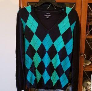 NWOT- Tommy Hilfiger Argyle Ivy V-Neck Sweater